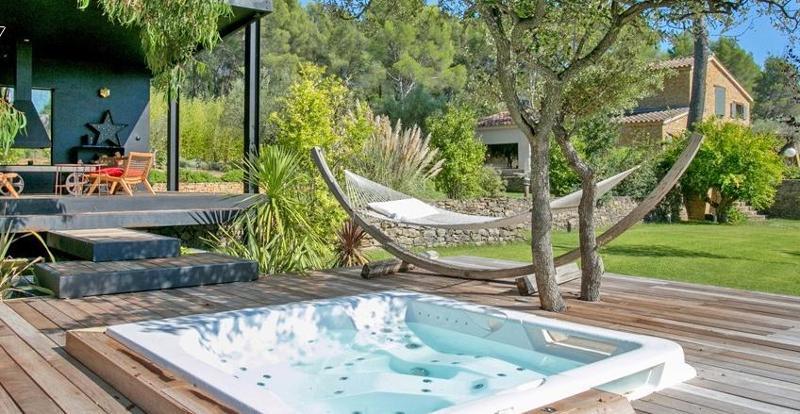 Piscine et Spa 84 - installation et rénovation piscine vaucluse